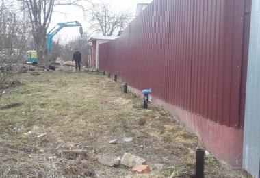 Фундамент на сваях для забора. Александровский район